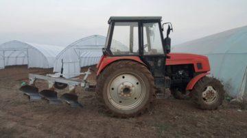 Оране на почва. Изораване на ниви и градини